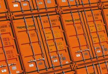 Hapag-Lloyd Orders 150,000 TEUs of Standard and Reefer containers